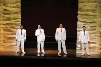 singers1i.JPG
