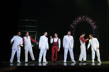 singersdancers4.JPG