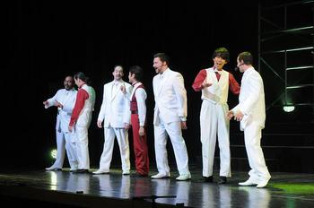 singersdancers5.JPG