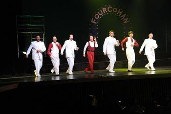singersdancersi.JPG